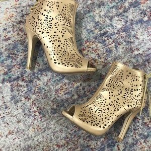 Gold Open Toe Booties ( size 6)
